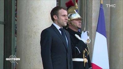 """Profession président : Macron se plante pendant """"l'attente de tous les dangers"""""""