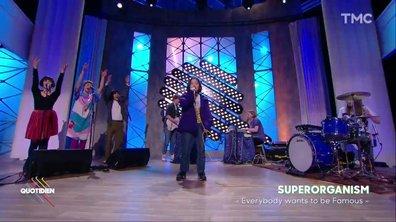Superorganism : « Everybody wants to be famous » en live dans Quotidien