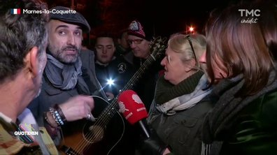 Un fan, trop ému, refuse de chanter