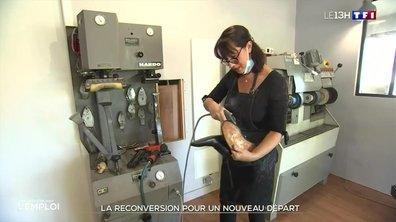 Reconversion : Sonia, une ex-assistante commerciale devenue cordonnière