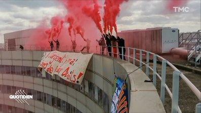 Réforme du chômage : action coup de poing à Montparnasse