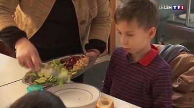 Renforcement des mesures sanitaires : comment s'organisent familles et écoles ?