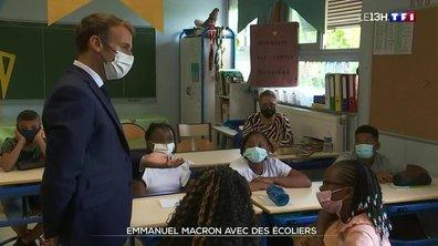 Rentrée : Macron en visite dans une école de Marseille
