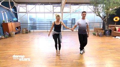 Répétitions – Pamela Anderson et Maxime : « on change de foot ! »
