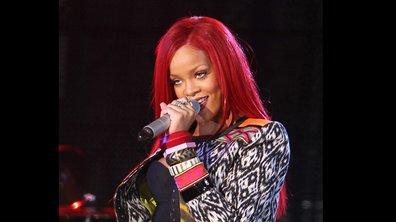 Rihanna offre un lap-dance à une fan