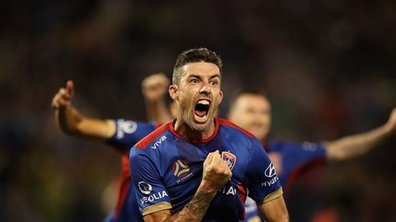 Buzz / Insolite - Plus fort que Ronaldo, Messi et Coridon, Riley McGree signe le but de l'année 2018 (VIDÉO)