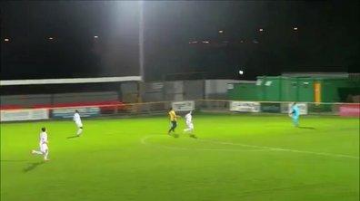 Vidéo : Un but contre son camp de 40 mètres à cause du vent !