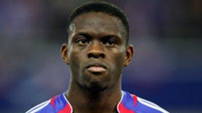 Equipe de France : Louis Saha se soigne avec des sangsues !