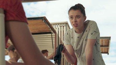 """Sara grille Bart : """"Tu fais des cambriolages avec Hugo ?"""" (épisode 261)"""