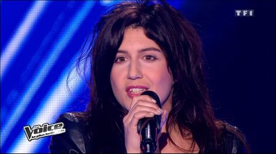 "The Voice : Le ""pull marine"" de Sarah Caillibot fait carton plein"