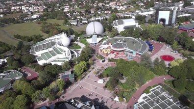 SEPT À HUIT - Poitiers, la mue du Futuroscope pour en mettre plein les yeux