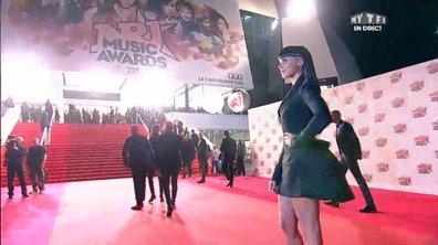 LE BEFORE - Shy'm et Mylène Farmer sexy et glamour