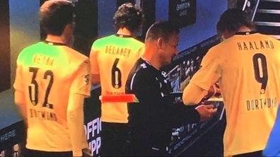 VIDEO - Un arbitre demande un autographe à Haaland après City-Dortmund