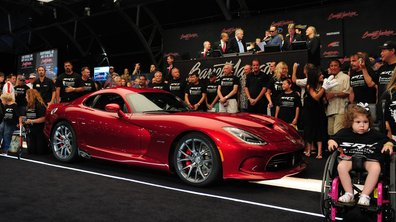 La première SRT Viper 2013 vendue aux enchères