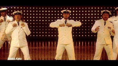 Stars à nu -  Les hommes se déshabillent sur « Hot stuff » de Donna Summer