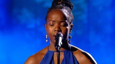 """The Voice 2021 – Stellia Koumba chante """"I will always love you"""" de Withney Houston (KO)"""