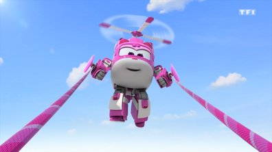 Super Wings - On file au défilé
