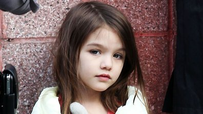 Suri Cruise : à 4 ans, elle a déjà un IPAD !