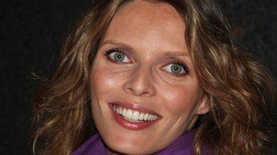 Miss France 2010 Exclusif - Sylvie Tellier en direct du vol pour la Martinique