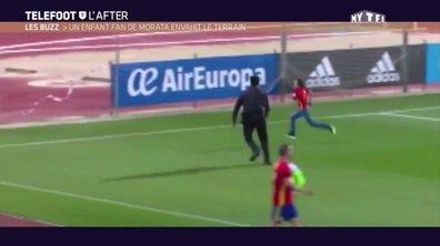 Téléfoot, l'After - Le Buzz : Un enfant fan de Morata envahit le terrain