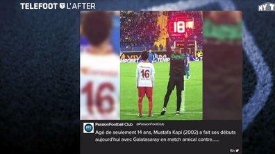 Téléfoot, l'After - Les tweets de la semaine : les Bleus et un joueur très précoce