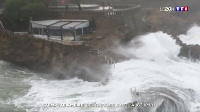 Tempête Amélie : des rafales jusqu'à 163 km/h sur la côte Atlantique