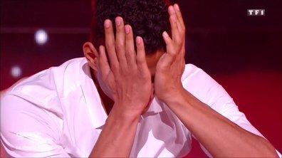 Terence Telle fond en larmes à la fin de sa prestation sur La Maladie d'amour de Michel Sardou