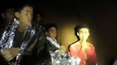 La Fifa invite à la finale les enfants thaïlandais piégés dans la grotte