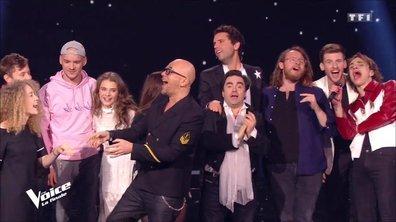 Séquence émotion et clap de fin : coachs et talents se réunissent pour une dernière chanson