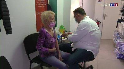 Troisième dose de vaccin : les plus de 65 ans invités à faire leur rappel