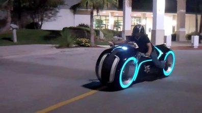 Vidéo insolite : la moto de Tron en vrai !