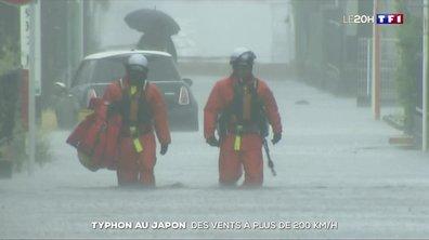 Typhon au Japon : des vents à plus de 200 km/h