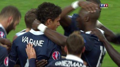 France 1 - 0 Suède : le but de Varane
