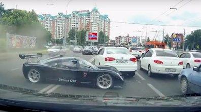 Insolite : une Ultima GTR se crashe en Russie