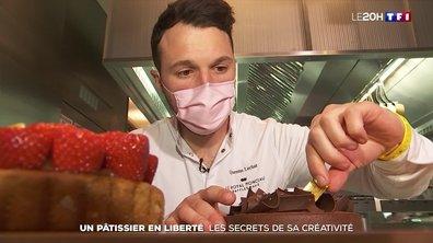Un pâtissier en liberté : les secrets de sa créativité
