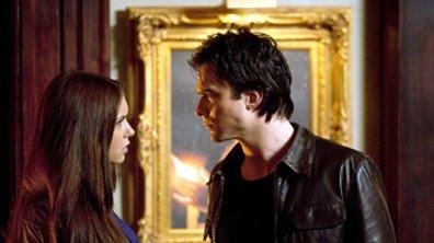 Vampire Diaries saison 3 : un baiser épique mais entre qui et qui ?