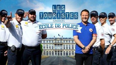 Les Touristes - Jarry, Camille, Cartman, Artus, Baptiste et Denitsa à l'école de police