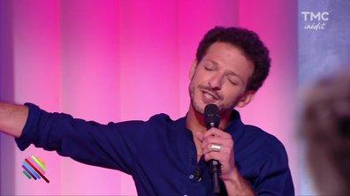 """Quand Vincent Dedienne chante """"All by myself"""" on se croirait dans The Voice"""