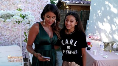 Wafa émue par la déclaration d'amour de sa fille Manel