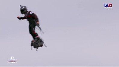 Spéciale 14-juillet : avec son flyboard, Franky Zapata impressionne