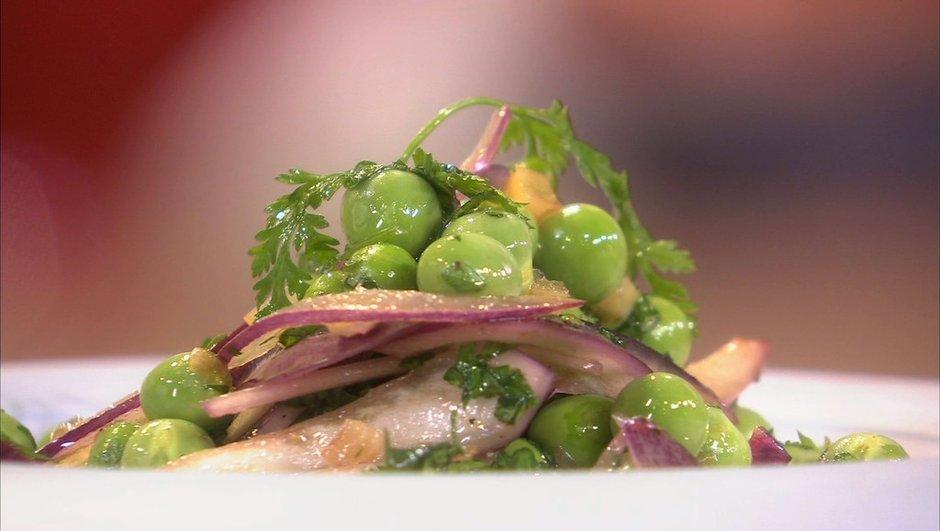 salade-de-petits-pois-aux-oignons-rouge-citron-confit-aux-herbes-6428586