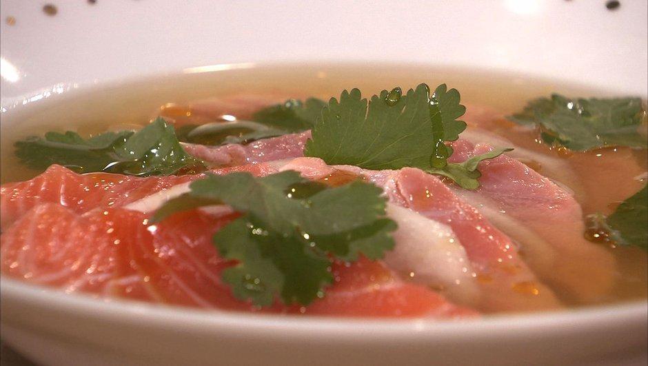 emince-de-daikon-saumon-juste-cuit-bouillon-de-crustaces-1661269