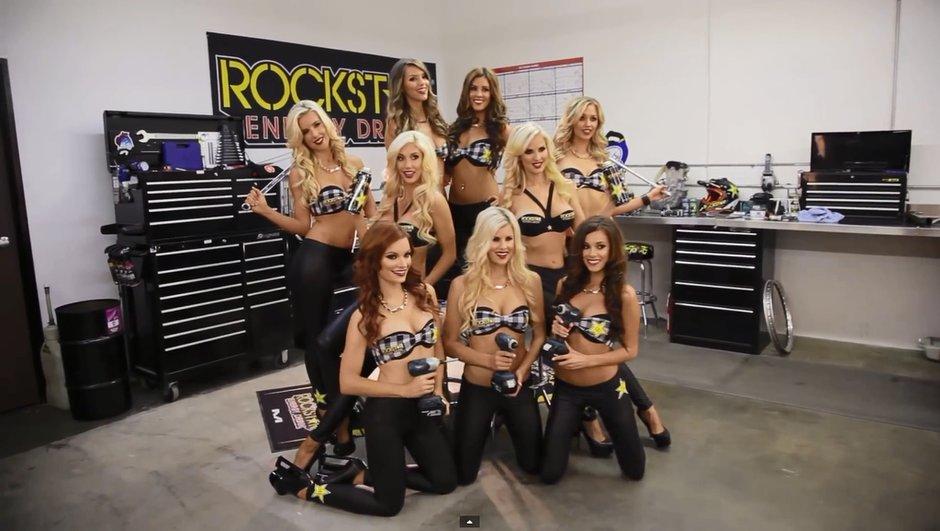 video-rockstar-energy-racing-devoile-girls-calendrier-2014-7086741