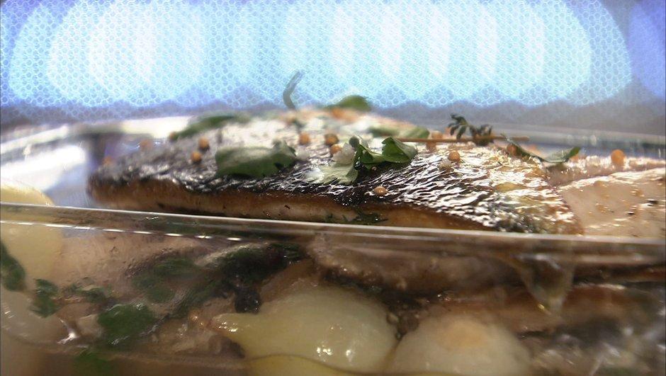 harengs-frais-marines-vinaigre-vin-blanc-a-graine-de-moutarde-0956516