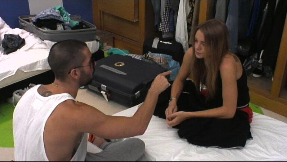 Steph tente de convaincre Sara pour les nominations