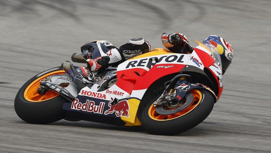 MotoGP Malaisie 2015 : Pedrosa sans conteste, Rossi pénalisé de 3 points