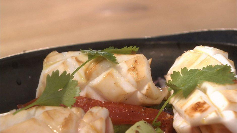 Ceviche de calamars grillés poivre et sel