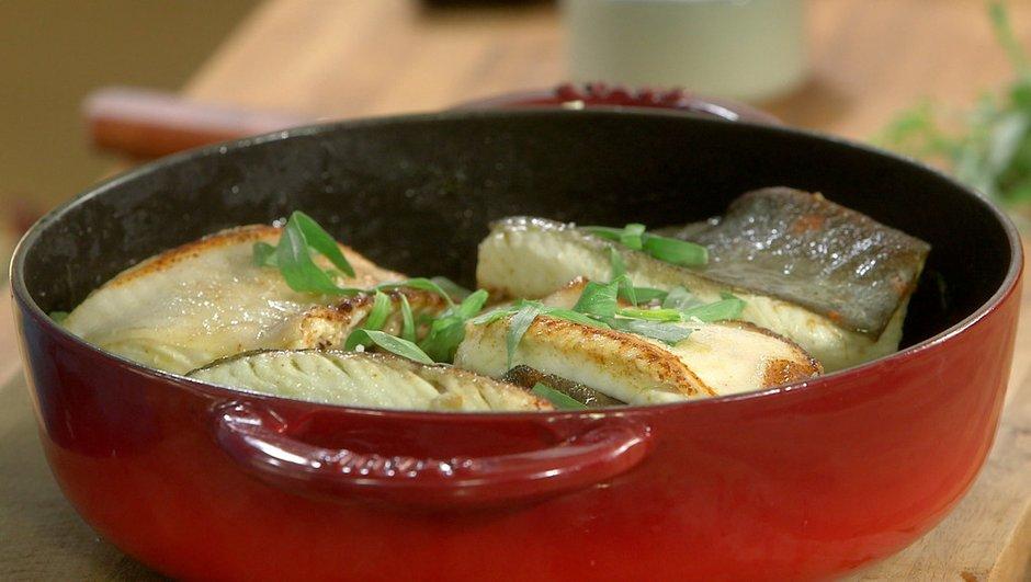 Cocotte de topinambours au beurre et à l'estragon, pavé de carrelet rôti