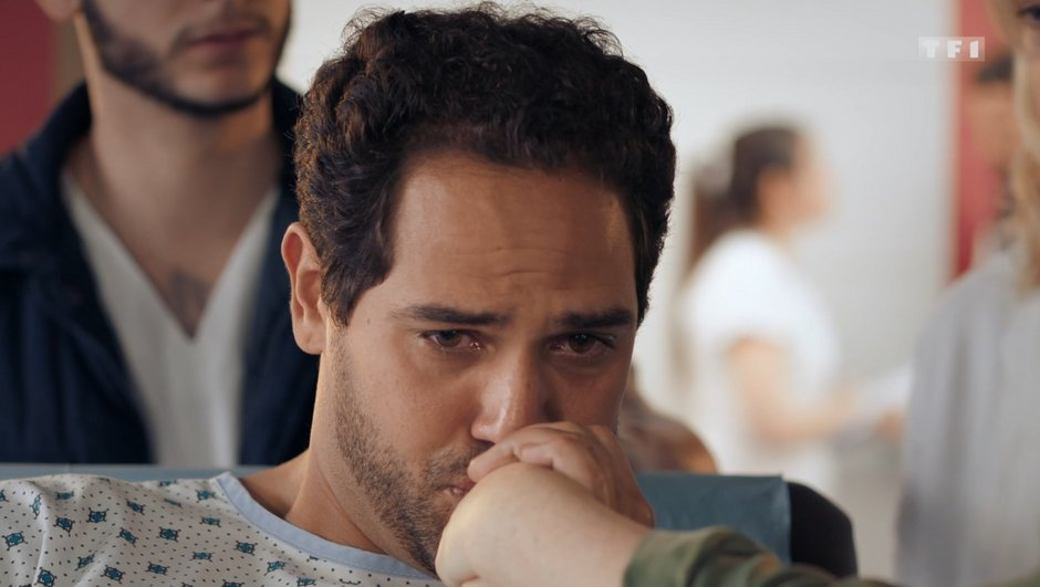 Demain nous appartient - Dans l'épisode 488 : Les adieux déchirants de Karim et Anna