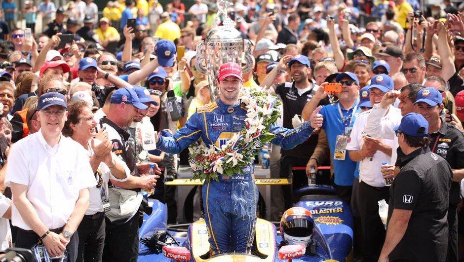 Indycar - 500 Miles d'Indianapolis 2016 : le rookie Alexander Rossi remporte la 100e édition !